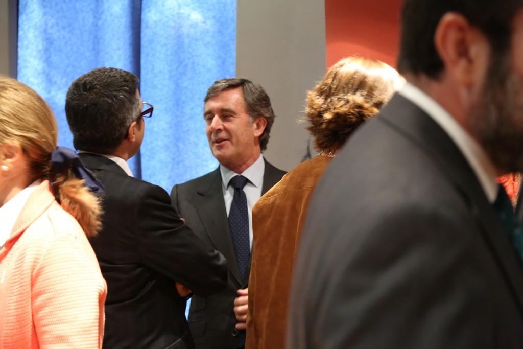 Tomás Pereda charlando con Javier Formariz