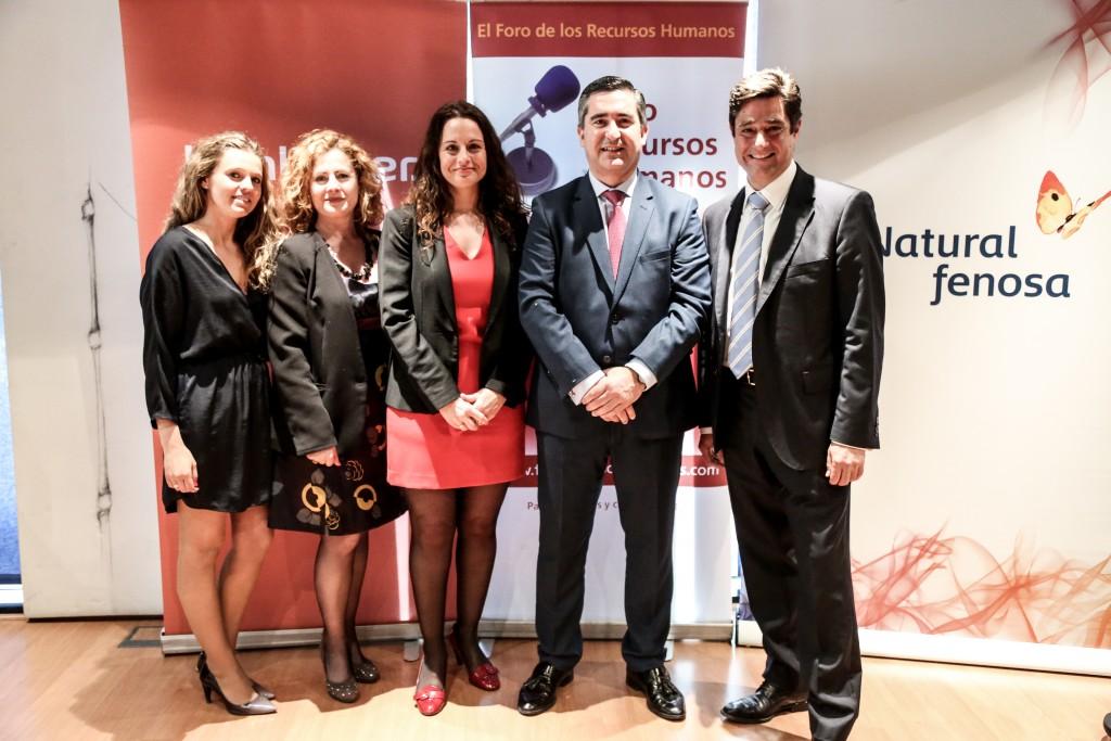 Empresas y personas en el Foro de RRHHEl director del Foro de RRHH con Talentia, SM y DGH