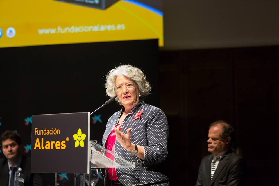 Mª Ángeles Durán, Patrona de la Fundación Alares