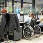 Discapacitada en su puesto de trabajo