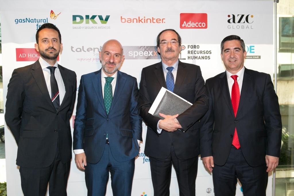 Equipo directivo de DKV con David Girón, Carlos Ávila y Jorge Díez Ticio, Director de RRHH de DKV, junto a Francisco García Cabello