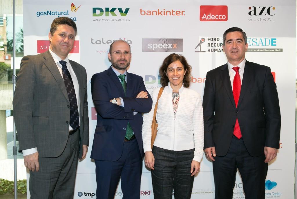 Equipo directivo del área de Cultura de Gas Natural Fenosa con Javier Vela, Antonio Casado y Carmen Fernández, su directora, junto a Francisco García Cabello