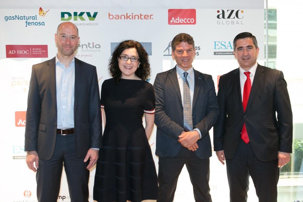 Jörg Koberling, CEO de Speexx; Elena Giménez Álvarez, Directora Speexx España; Oliver Albrecht, Vicepresidente de Speexx y Francisco García Cabello