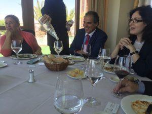 Arrate Oromí, Patrick Pariente y Elena Giménez