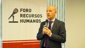 Lucio Fernández destacó la labor de su equipo al recibir la distinción