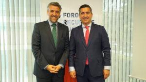 Ángel Javier Vicente, Director de RRHH de Cofares y Presidente de DCH, con Francisco García Cabello