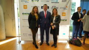 El director del Foro RRHH con Inma Solis y Raquel Fernández, de Iphonedroid