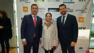 El director del Foro RRHH con Lucía Mato y David Guzmán, de los RRHH de Unir
