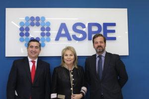 Francisco García Cabello, socio-director de AZC GLOBAL; Cristina Contel y Carlos Rus, presidenta y secretario general de ASPE