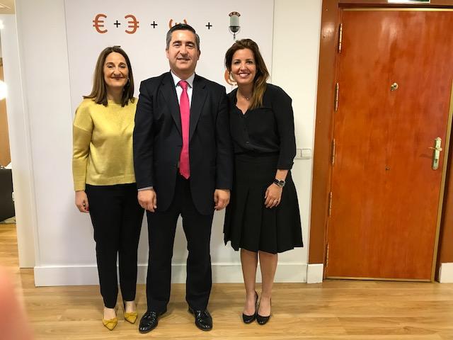 María Eugenia Muguerza, Francisco García Cabello y Mar Romero