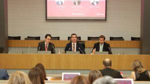 Thiago Pessoa, Country Manager de Gympass para Iberia; Francisco García Cabello, Fundador y Director de Foro Recursos Humanos; y Javier Calderón, Director de Empresas y Organizaciones de la CEOE
