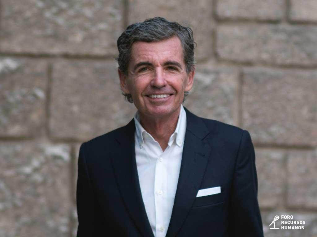 Ángel SerranoEscuela